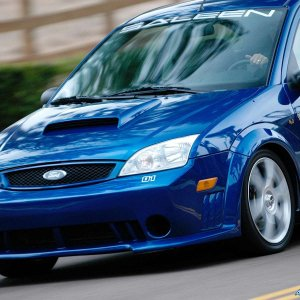 Saleen-Ford_Focus_S121_N2O_2005_1600x1200_wallpaper_3a.jpg