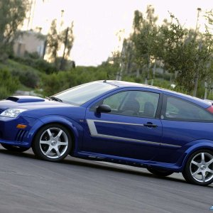 Saleen-Ford_Focus_S121_N2O_2005_1600x1200_wallpaper_05.jpg