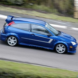 Saleen-Ford_Focus_S121_N2O_2005_1600x1200_wallpaper_20.jpg